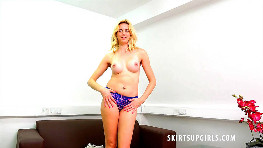 SkirtsUpGirls Video Preview Image